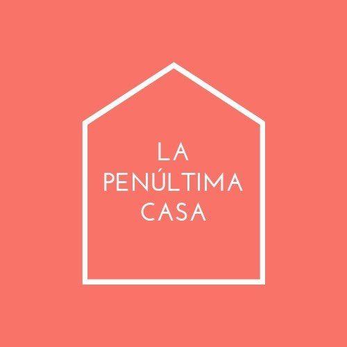 La Penúltima Casa|Comunicación